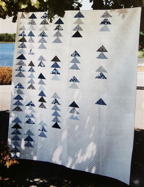 Modern Flying Geese Quilt Pattern by 17 Best Ideas About Flying Geese On Flying