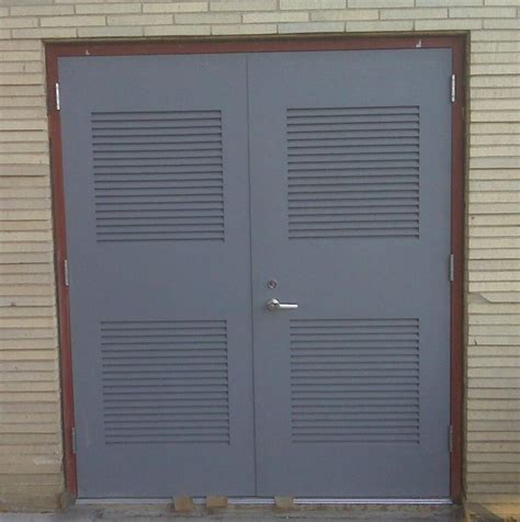 Steel Closet Doors Interior Design Louvered Doors The Door For Humid Or Closed Rooms Louvered Bifold