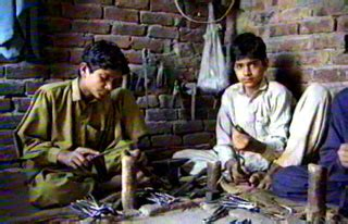 nike nike shoes and child labor in pakistan gt gt four winds 10 winds