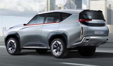 mitsubishi pajero 2015 model mitsubishi pajero neues model 2015 2018 car reviews