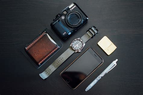 best every day carry the best compact digital cameras for edc everyday carry