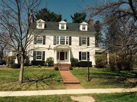 House New Rochelle by The Real Mad Men House In New Rochelle Theloop