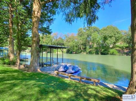 Lake San Antonio Cabins by Waterfront Property In Lake Seguin Greater