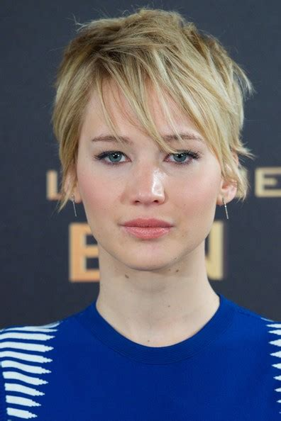 hambre hairstyles more pics of jennifer lawrence messy cut 19 of 28