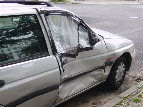 Door Of Car by File Damaged Car Door Jpg Wikimedia Commons