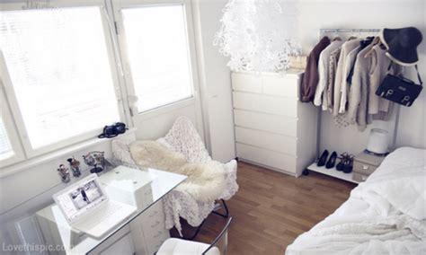 pretty bedroom ideas  small rooms small white bedroom ideas tumblr white bedroom decorating