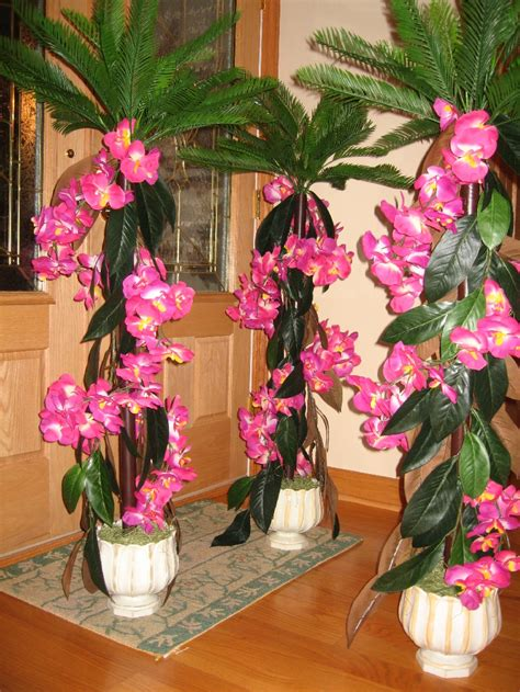 pictures of luau centerpieces pull off a hawaiian luau