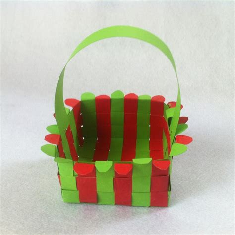 Craft Paper Basket - diy paper easter basket how to weave a paper basket
