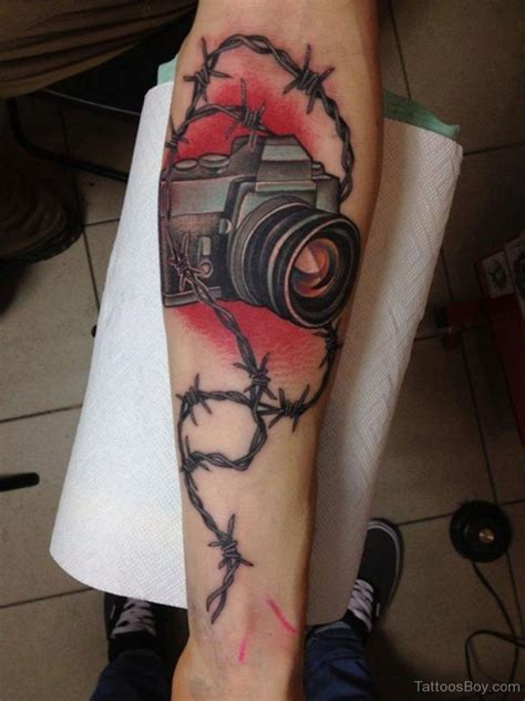 cross and barbed wire tattoos barbed wire tattoos designs pictures
