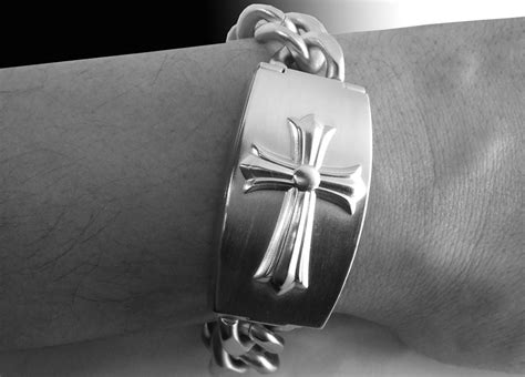 Guess Cross Stainless guess stainless steel cross mens bracelet 10573g1