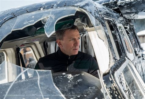 film james bond 007 hot the official james bond 007 website new spectre trailer