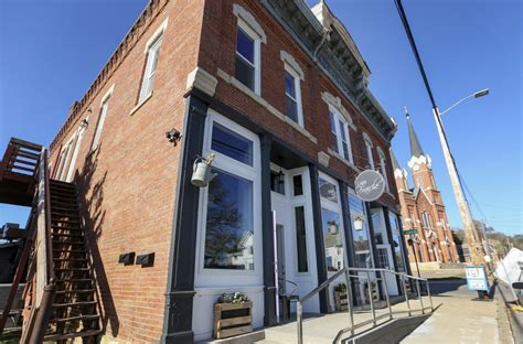 dubuque iowa section 8 downtown dubuque restaurant to close later this month