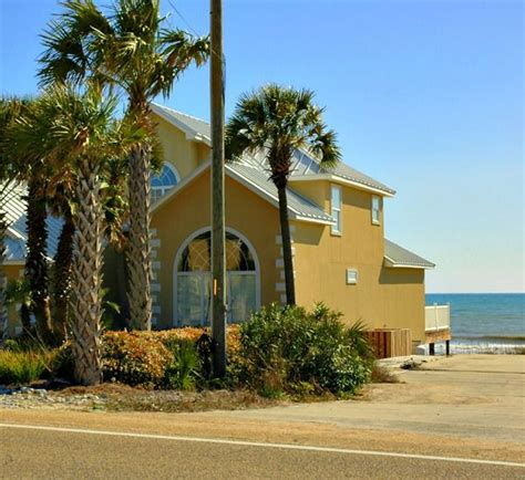 Panama City Cabin Rentals by Sunnyside House Panama City Spacious Beachfront