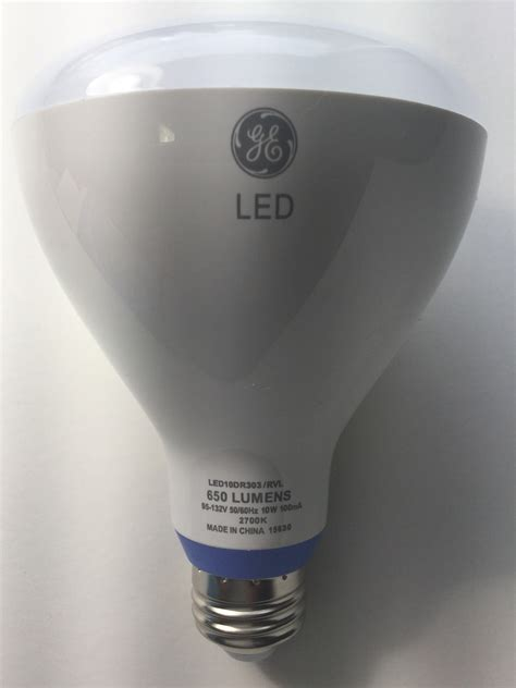 reveal led light bulbs 4 bulbs ge reveal led daylight 65w equivalent dimmable