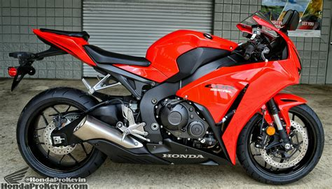sport bike honda cbr 2015 honda cbr1000rr review specs pictures videos