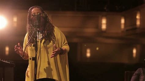 lalah hathaway snarky puppy snarky puppy feat lalah hathaway something family dinner volume one