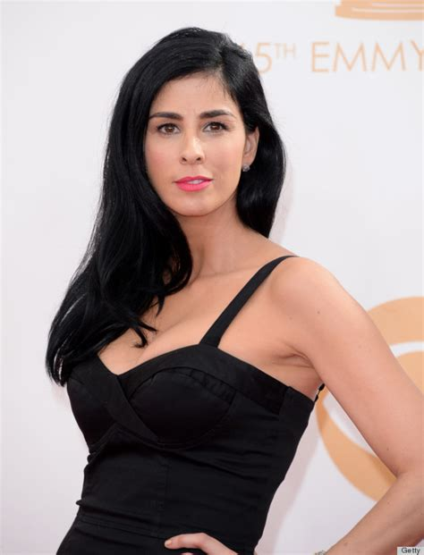 sarah silverman hair sarah silverman s emmy dress might be most affordable one