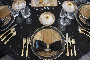 Great Gatsby Table Setting - black and gold wedding inpiration from tim duncan events