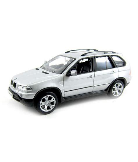 Bmw X5 Putih Skala 1 24 Welly Diecast Miniatur welly bmw x5 gray 1 24 diecast car scale model buy welly