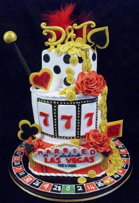 25  Best Ideas about Las Vegas Cake on Pinterest   Poker