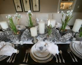 silver and white christmas table setting design from houzz