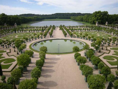 i giardini della reggia di versailles reggia di portici giardino segreto e il cammino