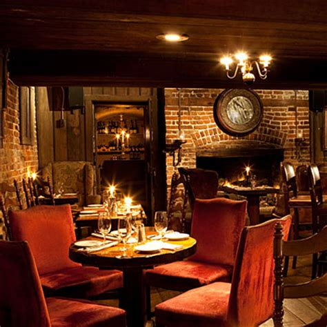 the olde pink house savannah restaurants olde pink house restaurants in savannah ga southern living