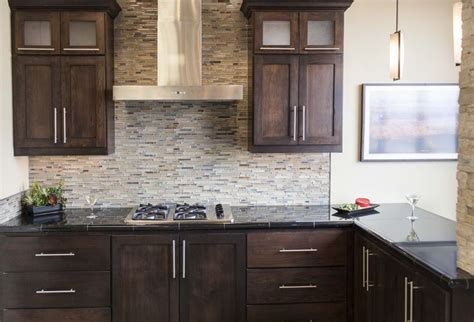white kitchen cabinets with granite precious 28 backsplash ideas this kitchen features the breckendridge stria mosaic a
