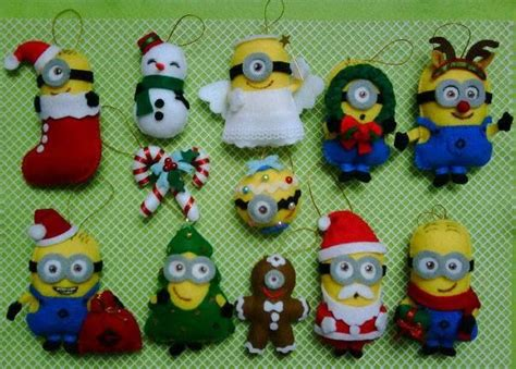 minion christmas decorations 1000 images about a minions on minion cakes and