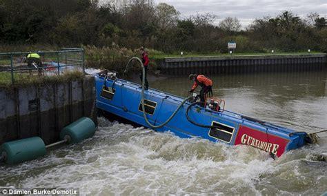 boat crash dream couple s retirement dreams sunk after 163 50 000 houseboat