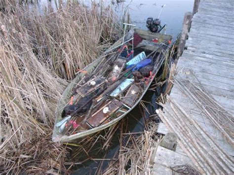 how to keep muskrats out of boats making muskrat floats trapping only trapperman forums
