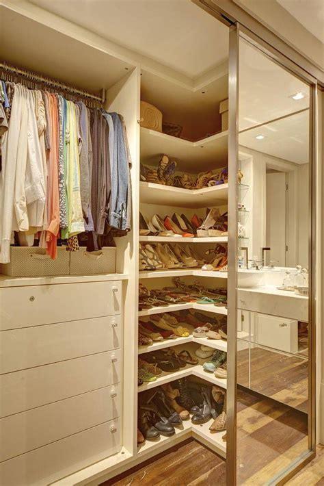 E S Closet by 52 Modelos De Closets Para Voc 234 Organizar Suas Roupas
