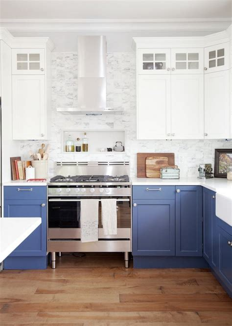Two Tone Kitchen Cabinets 35 Two Tone Kitchen Cabinets To Reinspire Your Favorite Spot In The House