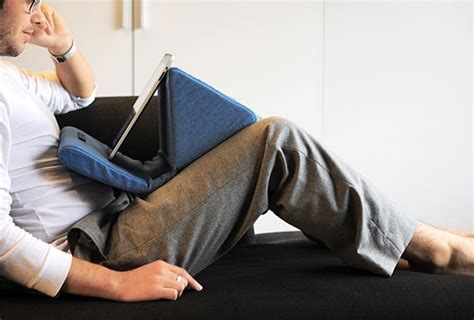 best ipad pillow for reading in bed ipevo padpillow pillow stand for ipad review