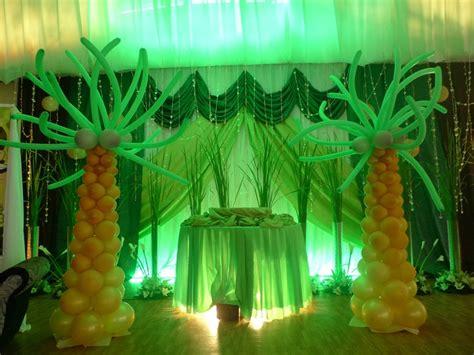 jungle theme decor jungle decor balloon trees jungle and safari theme