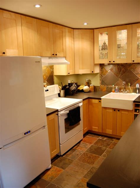 small galley kitchen designs pictures small galley kitchen kitchen ideas pinterest