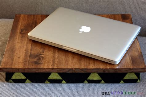 Diy Lap Desk With Hand Sted Legend Of Zelda Fabric Diy Diy Laptop Desk