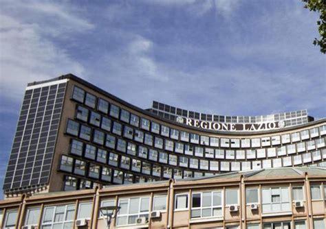 sede regione lazio roma su palazzo regione lazio solare in parte manca