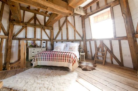 most romantic airbnb airbnb reveals its most romantic retreats for a valentine