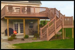 second story deck on