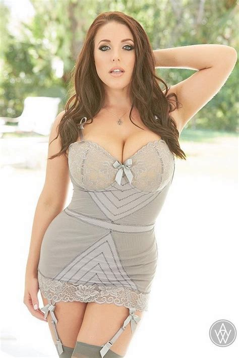 model monday 21 hot pictures of angela white lurk and perv