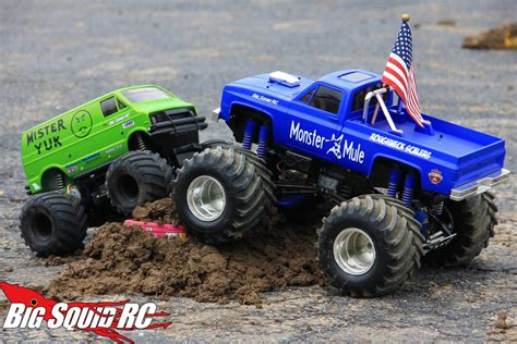 rc monster truck videos rc monster truck 171 big squid rc news reviews videos