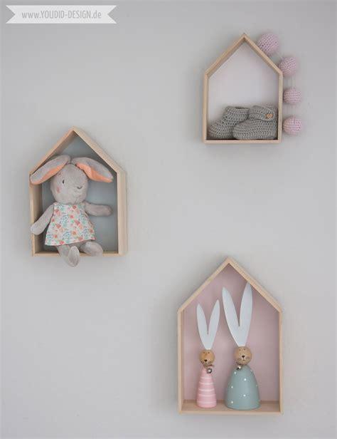 Haus Regal by Ein Skandinavisches Kinderzimmer Und Ein Wickelaufsatz F 252 R