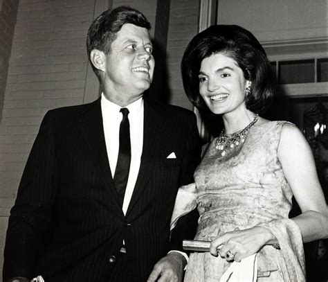 John F Kennedy Wife Biography | john kennedy with his wife jackie kennedy in pictures