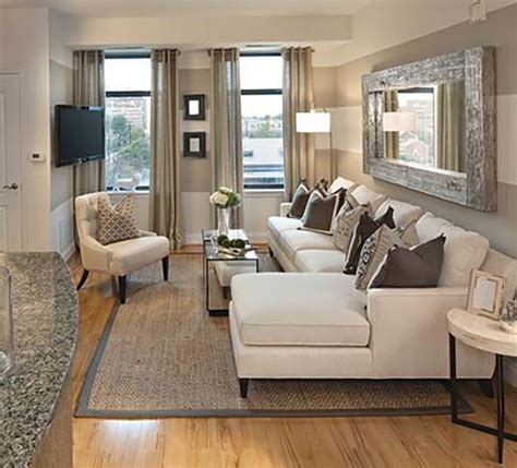 layout for small living room 25 best ideas about small living rooms on pinterest