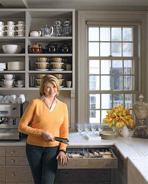 How To Organize Kitchen Cabinets Martha Stewart Martha S 50 Top Kitchen Tips Martha Stewart