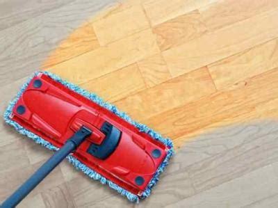 Helper Sapu Pengki Ember Pel tips mengepel lantai