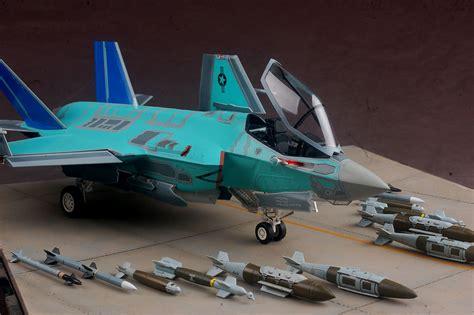 Hawk Models hawk model 1 48 lockheed martin f 35c lightning ii