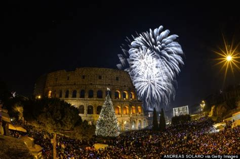 amazing photos of new year s celebrations around the world