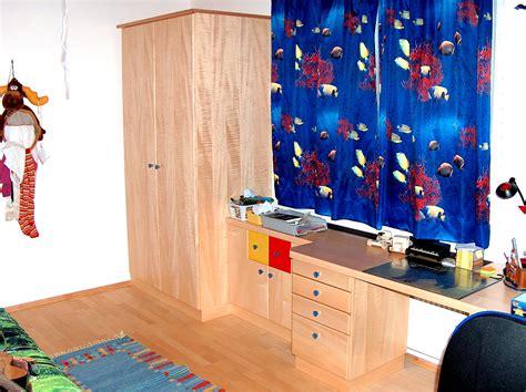 wandfarbe hellgrau - Aufgeräumtes Zimmer